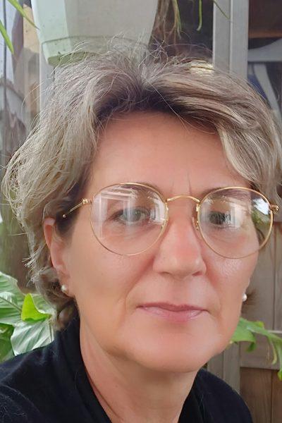 Nathalie – magnétiseuse – barreuse de feu – La Salvetat st Gilles